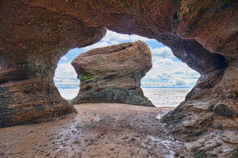 Bogen-roter Sandstein-Felsformationen stockfotos