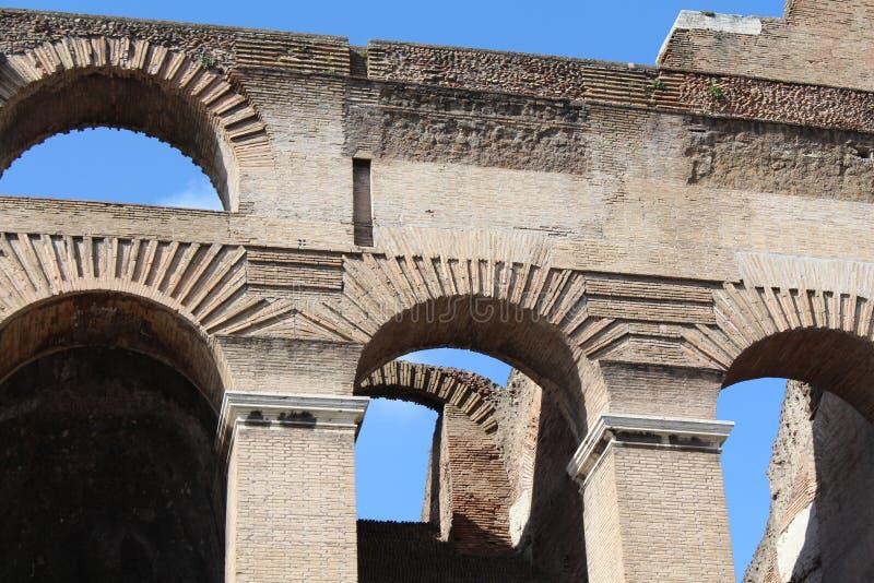 Bogen van Colosseum - Rome, Italië stock afbeeldingen
