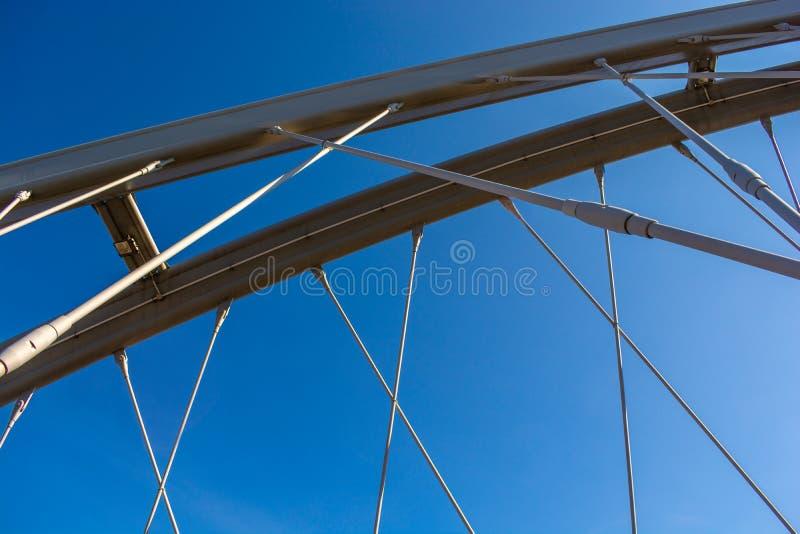 Bogenbrücke Durdevica Tara in den Bergen, nördlich von Montenegro lizenzfreie stockfotografie
