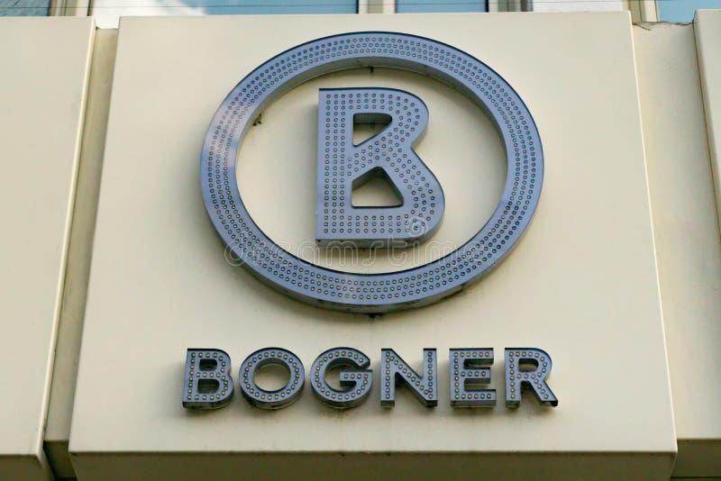 BOGNER-logo på fasad arkivfoto