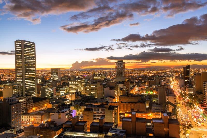 Bogotá, Colombia en la oscuridad fotografía de archivo libre de regalías