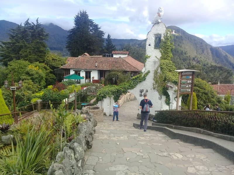 Bogotá, Colombie - chemins de Monserrate photographie stock libre de droits