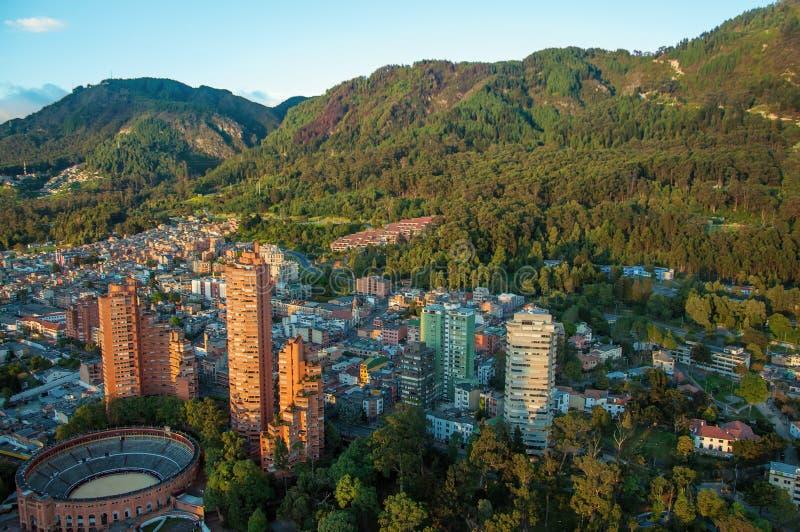 Bogota et les montagnes des Andes images libres de droits