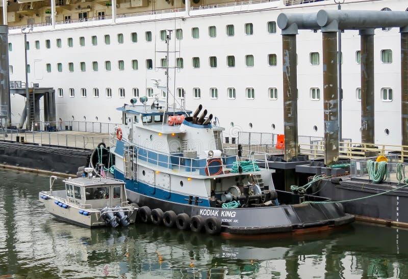Bogserbåt i Juneau royaltyfri foto