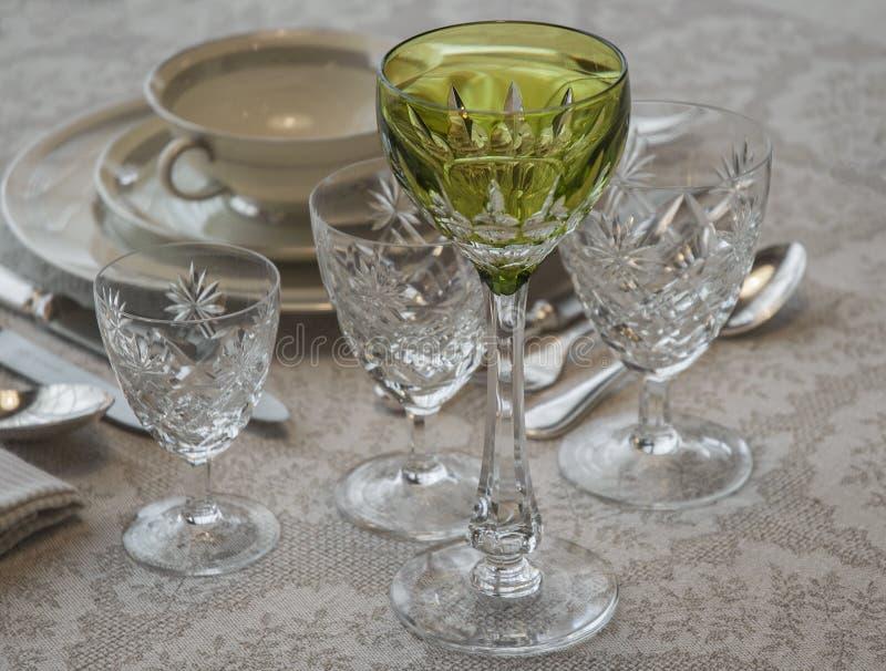 Bohemiska exponeringsglas för en viktig matställe fotografering för bildbyråer