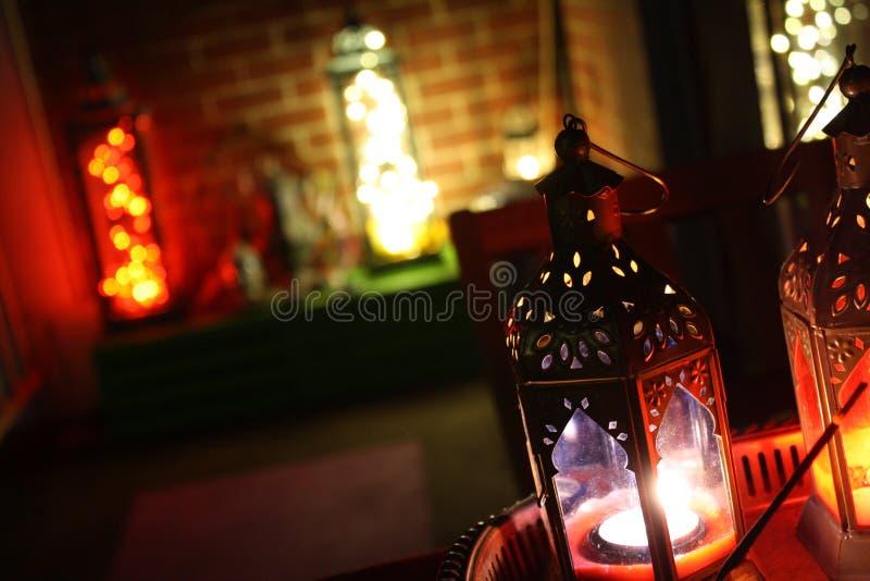 Boho wystroju lampionu n świateł Nastrojowy DOWODZONY hol obraz royalty free