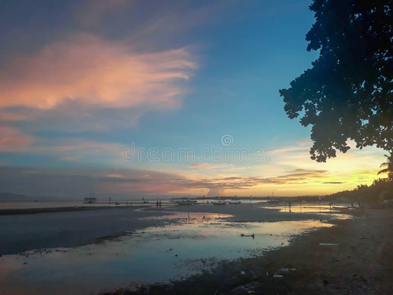 Bohol solnedgång royaltyfri fotografi