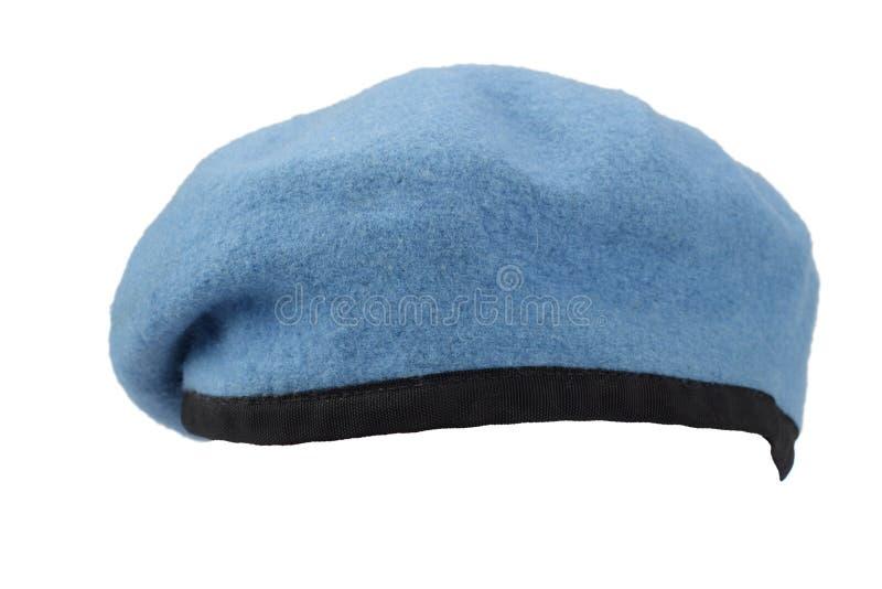 Boina do azul das tropas do Peacekeeping de United Nations imagens de stock