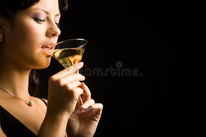 Boire de femme photo libre de droits