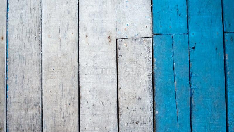 Bois blanc et bleu images stock