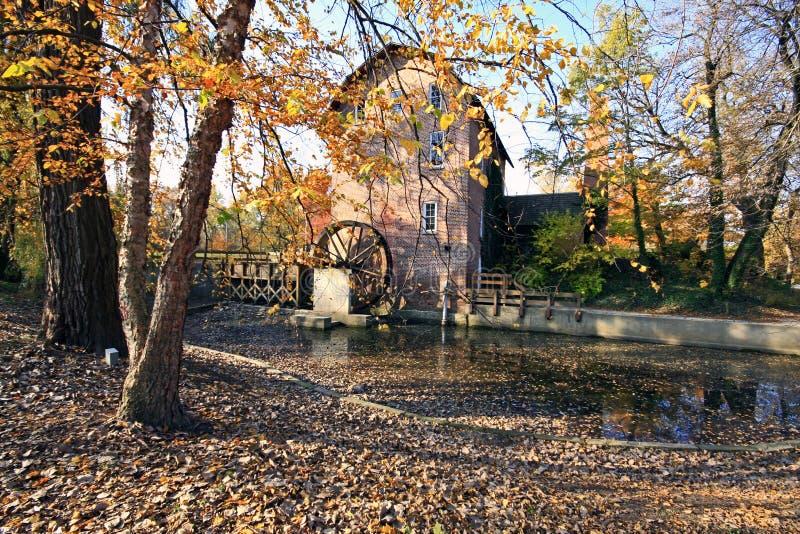 bois de novembre de moulin de John de blé à moudre photos stock