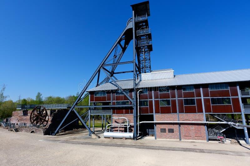 Bois du Cazier, mina de carb?n de la torre de la elevaci?n, Marcinelle, Charleroi, B?lgica imagen de archivo
