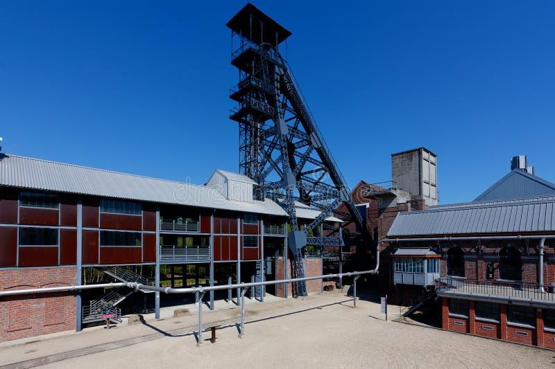 Bois du Cazier, mina de carv?o da torre do elevador, Marcinelle, Charleroi, B?lgica fotos de stock