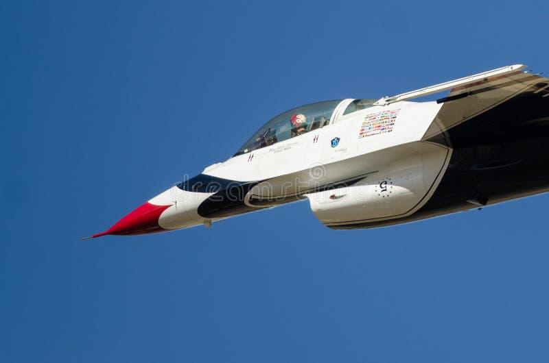 Boise, Αϊντάχο, ΗΠΑ †«στις 15 Οκτωβρίου 2017 Ηνωμένη Πολεμική Αεροπορία Thunderbirds απο:δίδω στη βροντή Airshow Gowen στοκ φωτογραφία με δικαίωμα ελεύθερης χρήσης