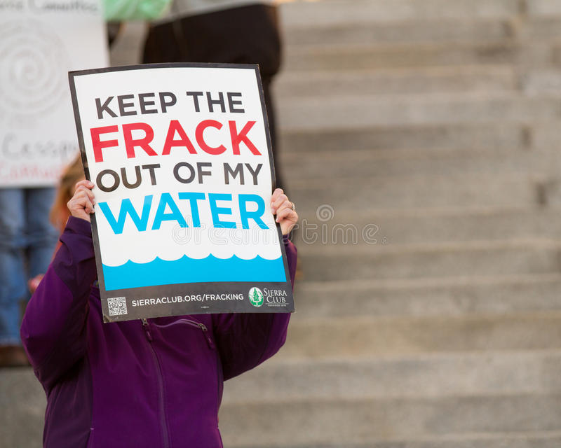 BOISE, IDAHO/USA - dimostrante contro fracking immagini stock