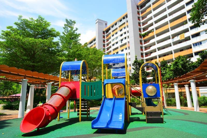 Boisko i budynek mieszkalny Singapur krajobraz zdjęcia royalty free