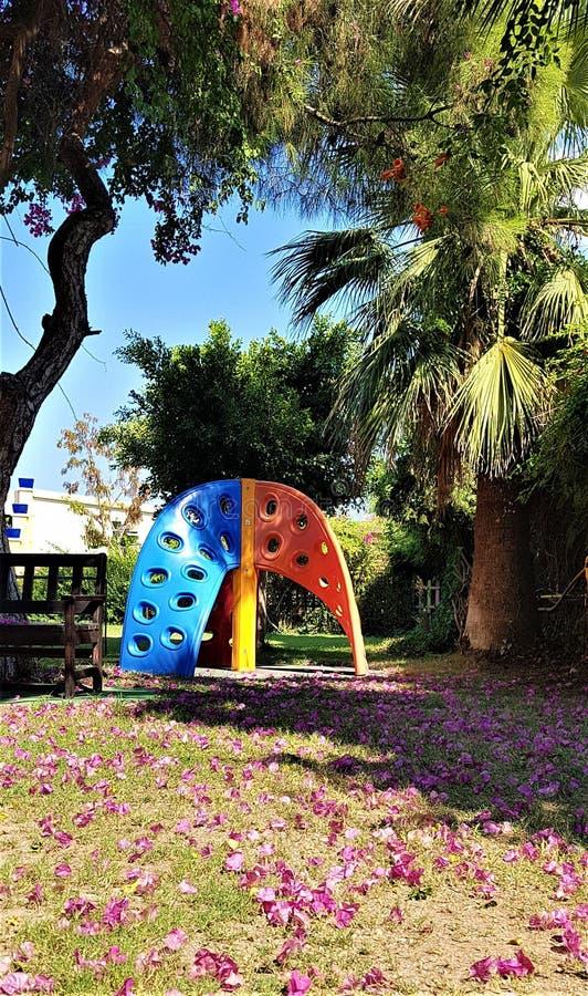Boisko w ogródzie, rodzinny hotel w Kemer, Śródziemnomorski wybrzeże, Turcja fotografia royalty free