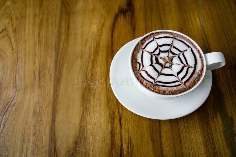 Boisson chaude crémeuse de cacao photos stock