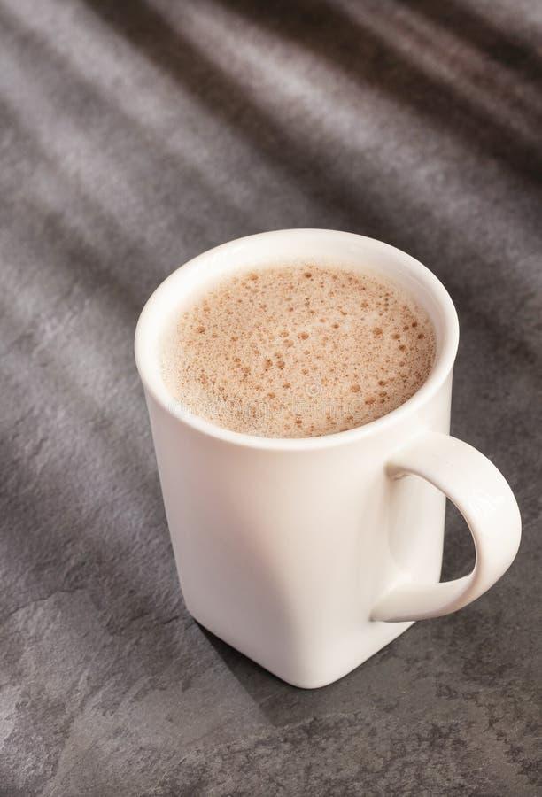 Boisson de chocolat - cacao de Theobroma photo libre de droits