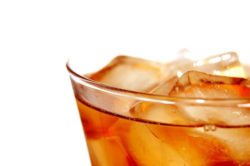 Boisson non alcoolique remplie par glace image stock