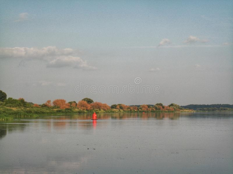 Boje im Fluss stockbilder