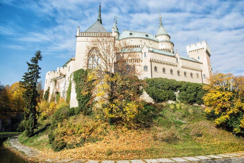 Bojnice城堡在斯洛伐克,文化遗产,季节性场面 免版税库存照片