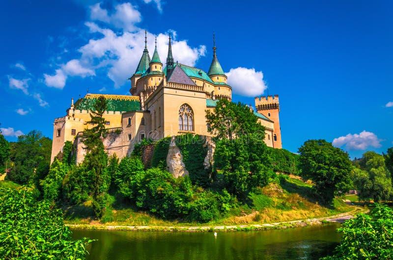 Bojnice slott i Slovakien royaltyfria bilder