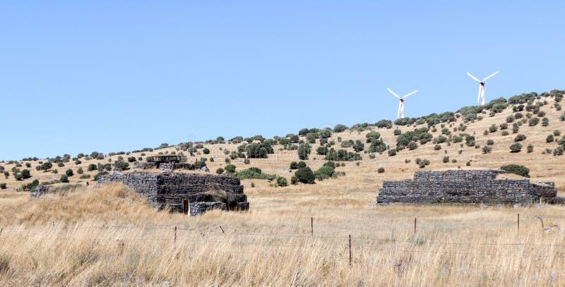Bojowi bunkiery opuszczać od czasu wojny dnia zagłady Yom Kippur wojna na wzgórze golan, blisko granicy z Syrią, Są fotografia stock