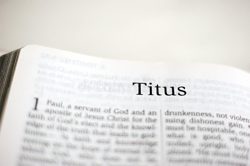 Bok av Titus royaltyfria foton