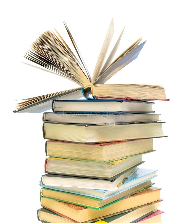 bokböcker öppnar stapeln arkivfoton