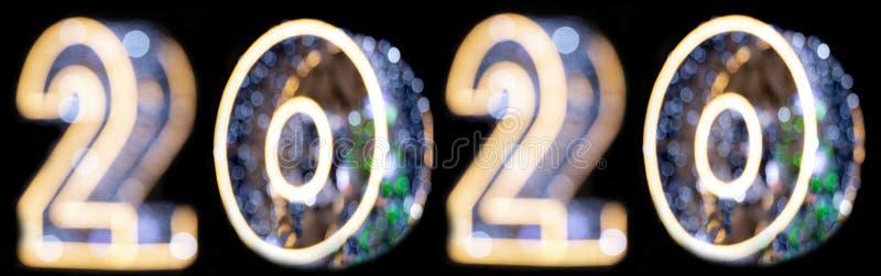 Bokeh и нерезкость 2020 Линия Bokeh, красочный занавес bokeh освещая для рождества стоковое изображение rf
