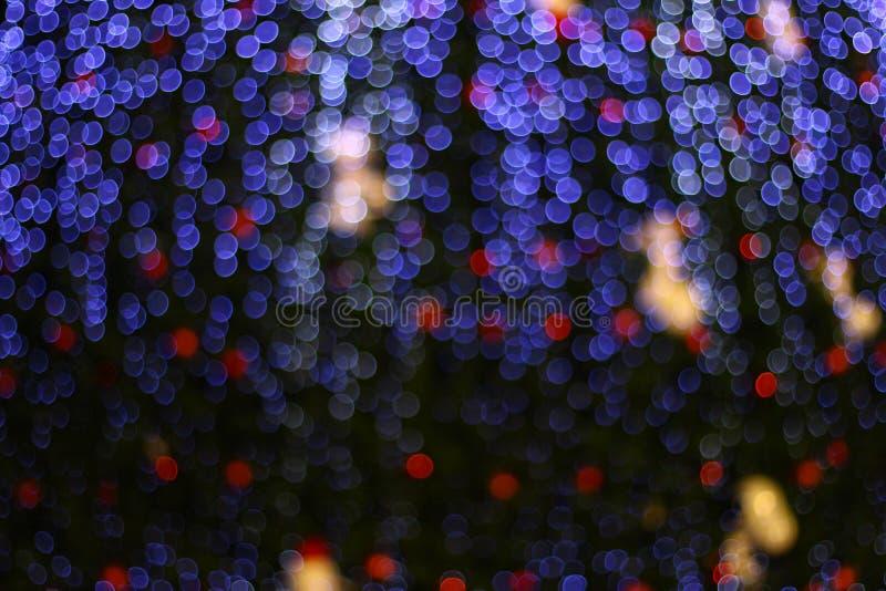 Bokeh av blått och röda ljus arkivbild