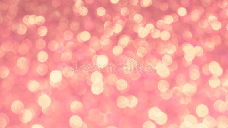 Bokeh brilhante dourado em claro - fundo cor-de-rosa Fundo de incandescência com estilo do bokeh para cumprimentos sazonais imagens de stock