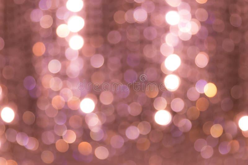Bokeh da luz de Defocus no candelabro fotografia de stock royalty free