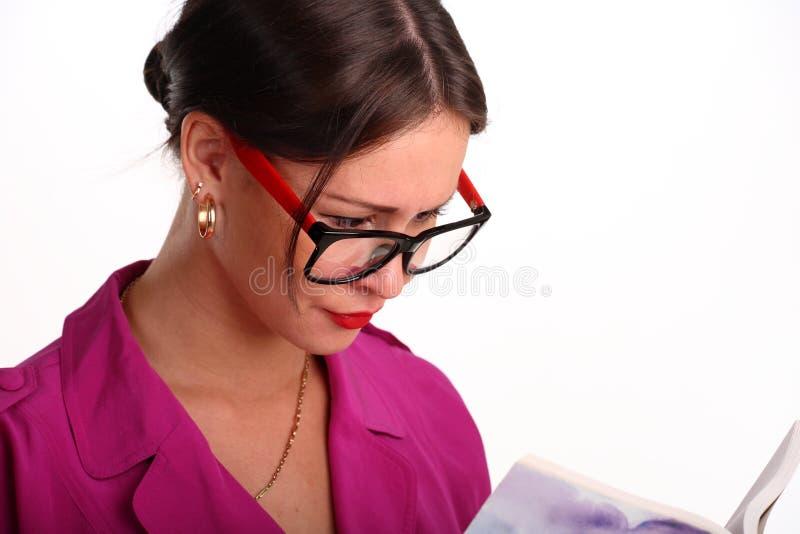 bokexponeringsglas som läser kvinnan royaltyfri fotografi