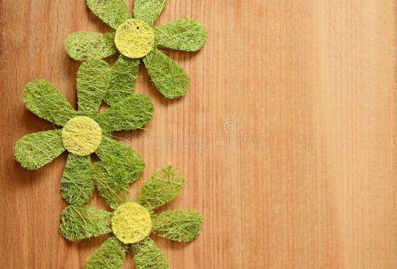 Trä- och blommabakgrund royaltyfria bilder