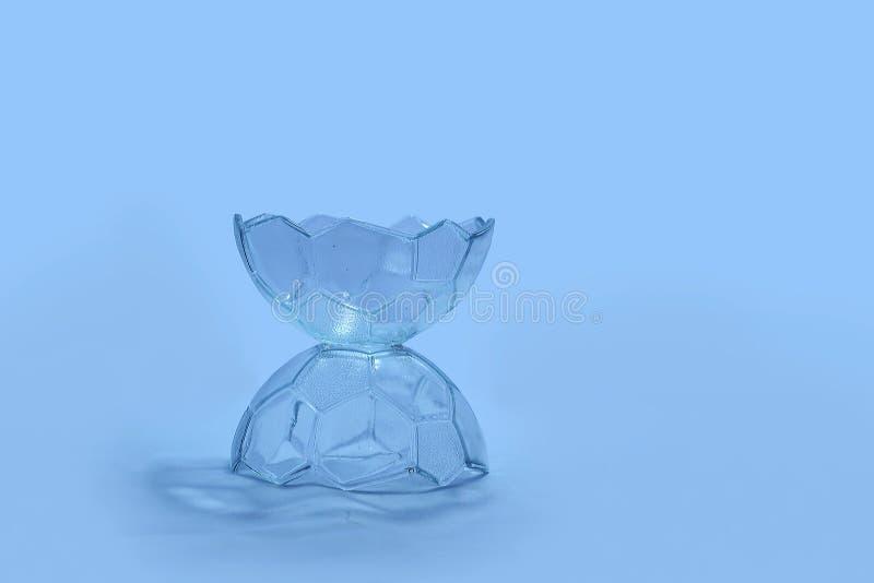 Bol de vidrio único, diversión, elegante, clara como corazón fotos de archivo