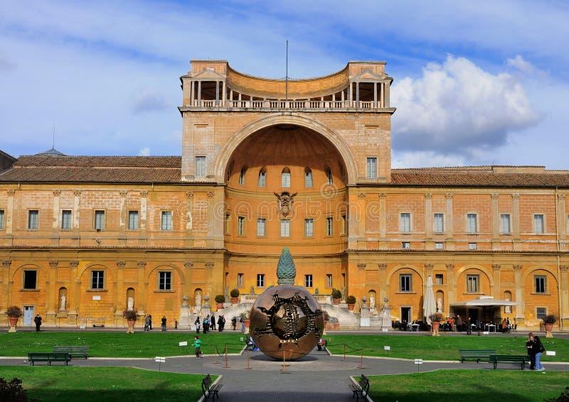 Bol in het Museum van Vatikaan stock foto's