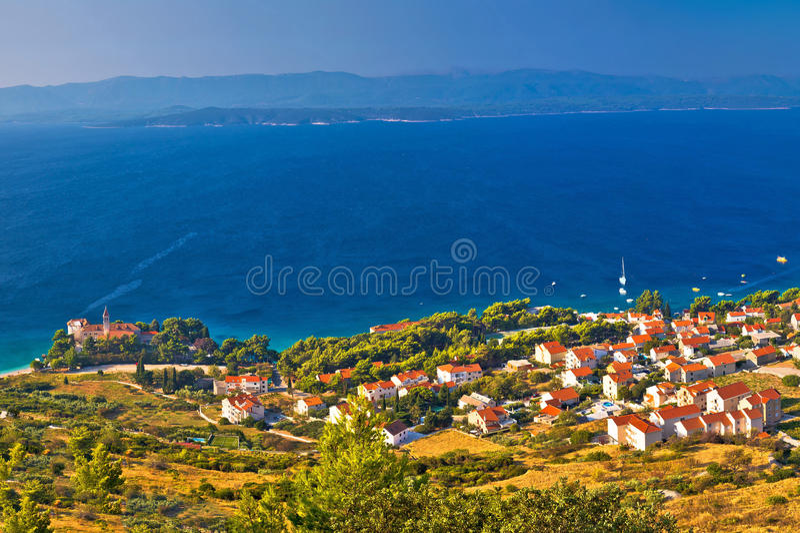 Download Bol Na Opinião Aérea Panorâmico Da Ilha De Brac Imagem de Stock - Imagem de croatian, destino: 80101795