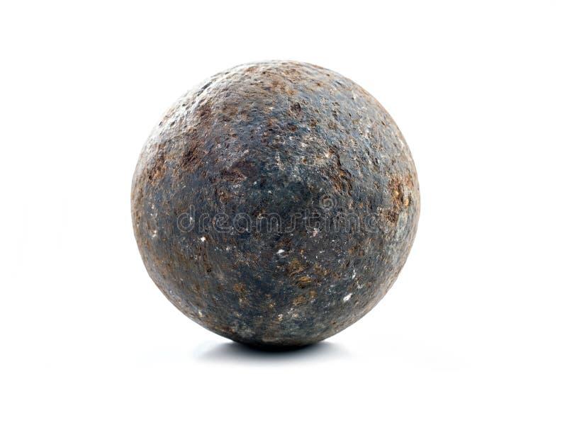 Bola de canhão velha fotografia de stock