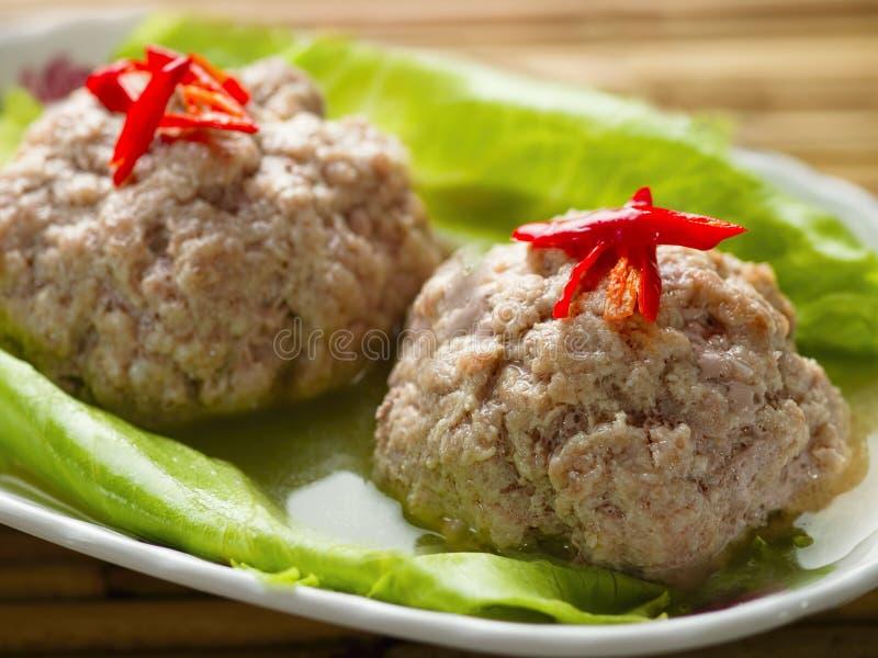 Bola de carne cozinhada chinês da carne de porco da cabeça do leão foto de stock royalty free