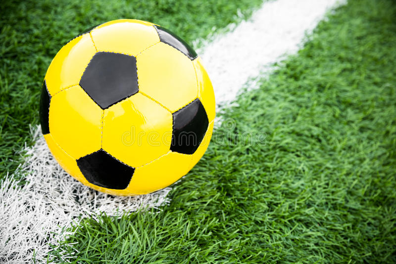 Bola de futebol fotos de stock