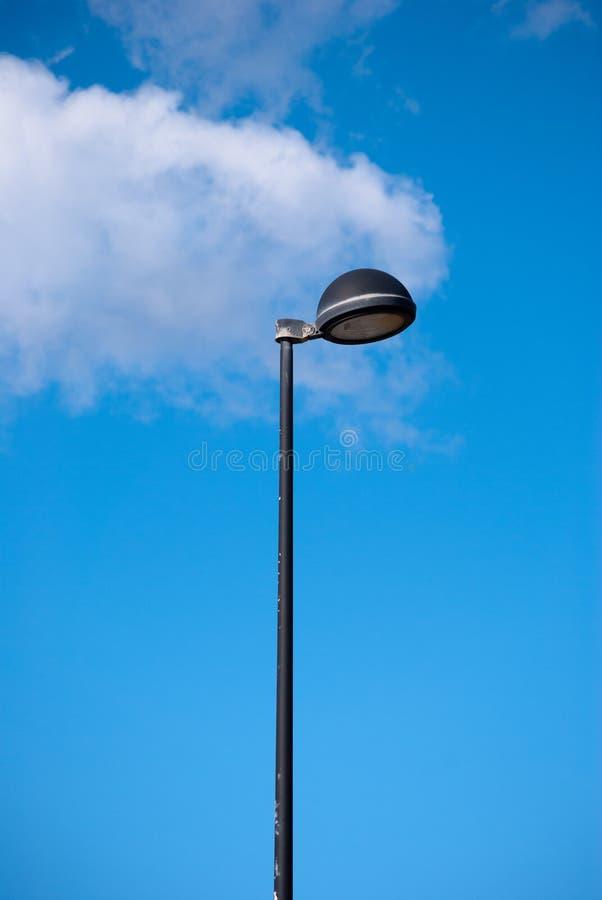 Bola de la lámpara de calle media imagenes de archivo