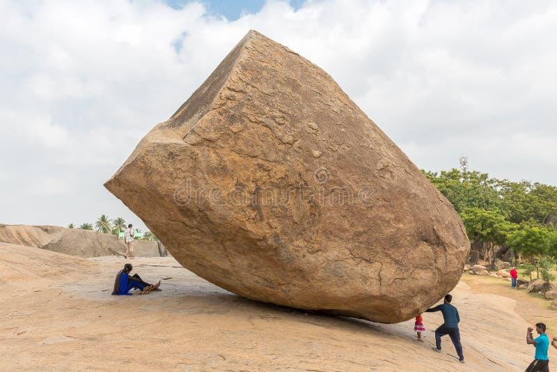 Bola de la mantequilla del ` s de Krishna, Mahabalipuram, Tamil Nadu, la India fotografía de archivo libre de regalías