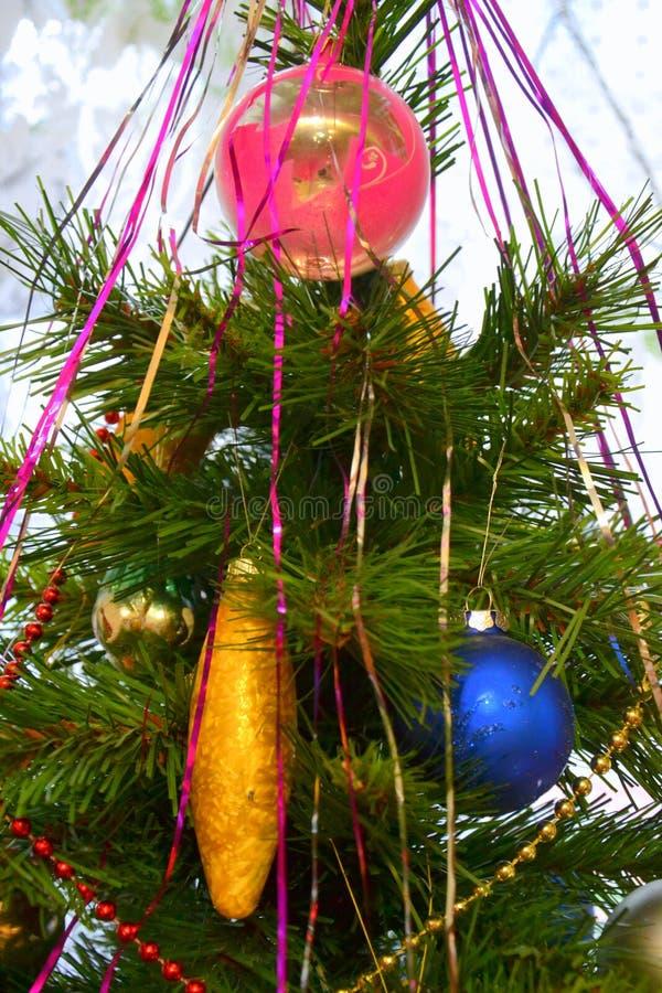 Download Bola De La Navidad De Tres Vectores Imagen de archivo - Imagen de estación, estacional: 100527131