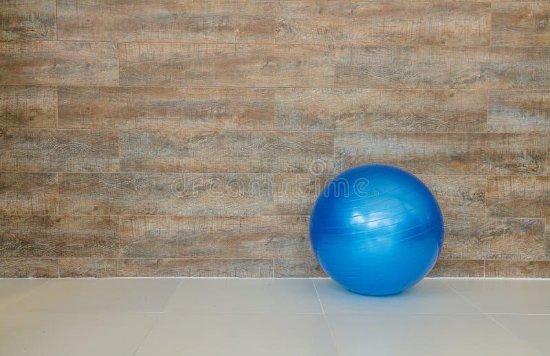 Bola de la pared y del caucho imagen de archivo