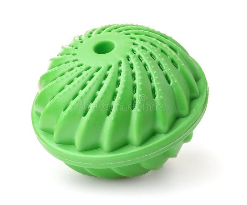 Bola de lavagem verde da lavanderia imagens de stock royalty free