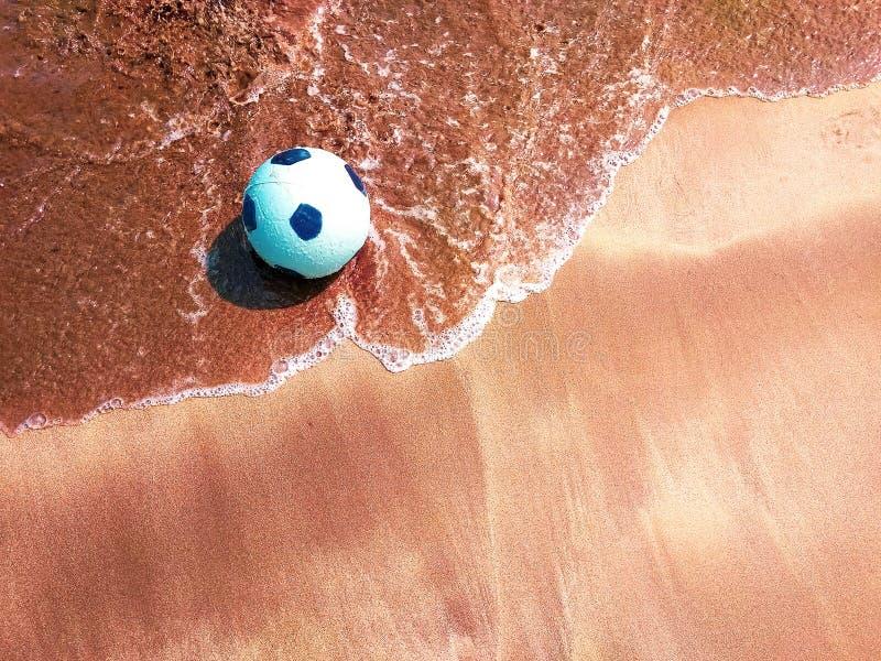 Bola de praia imagem de stock