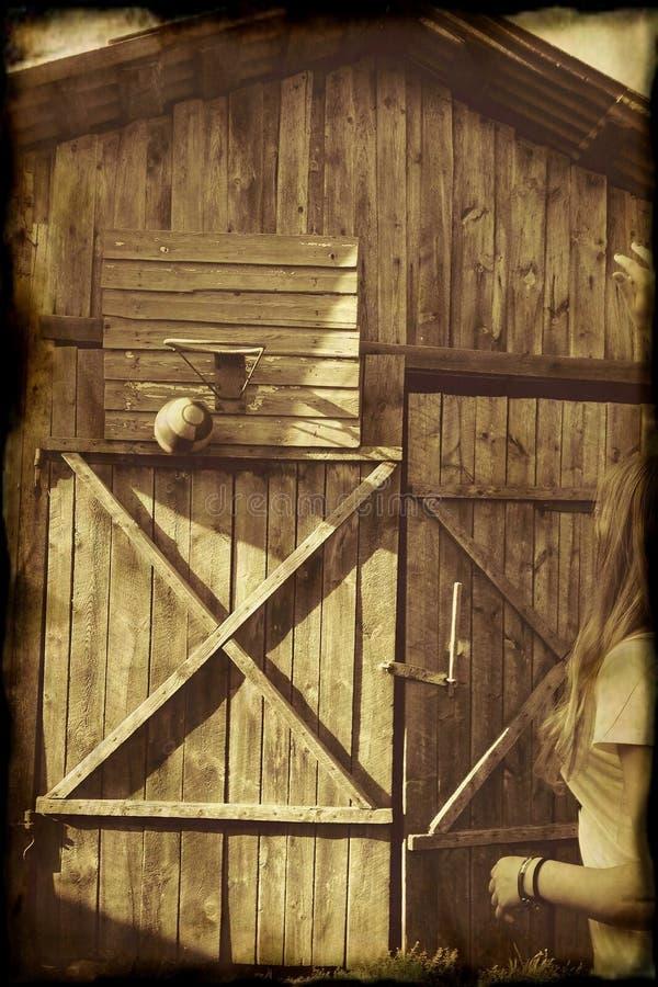 Bola del baloncesto del Grunge foto de archivo libre de regalías