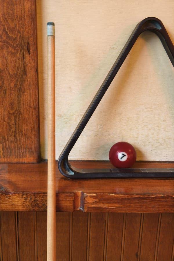 Bola del estante y de piscina para los billares. foto de archivo libre de regalías